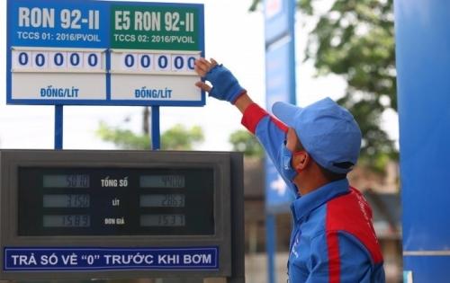 PVOIL điều chỉnh giá bán lẻ, bán buôn xăng dầu từ 15h00 phút ngày 23/05/2018